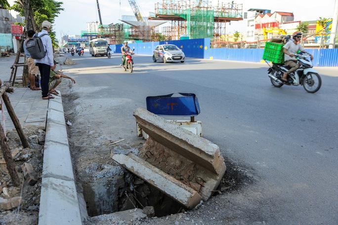 Những 'chiếc bẫy' chết người rình rập trên đường Phạm Văn Đồng Ảnh 5