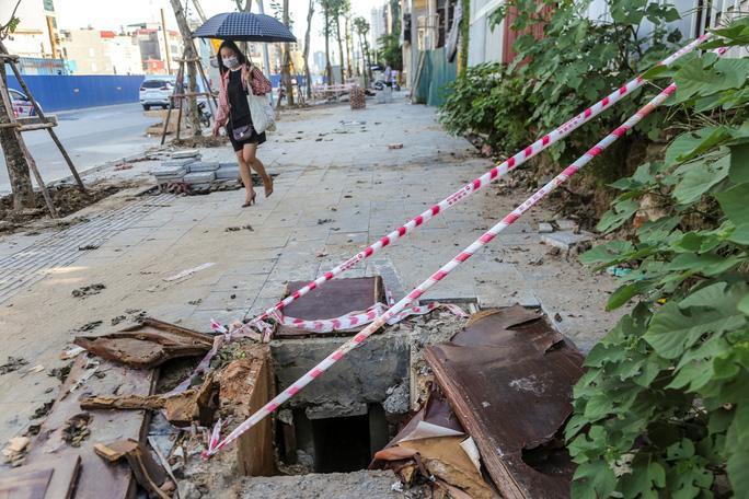Những 'chiếc bẫy' chết người rình rập trên đường Phạm Văn Đồng Ảnh 14