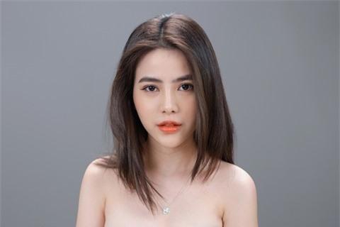 Á hậu Thủy Tiên xinh đẹp trong trang phục thời trang Châu Á Ảnh 8