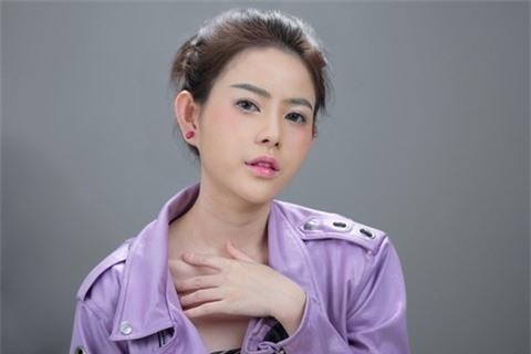 Á hậu Thủy Tiên xinh đẹp trong trang phục thời trang Châu Á Ảnh 7