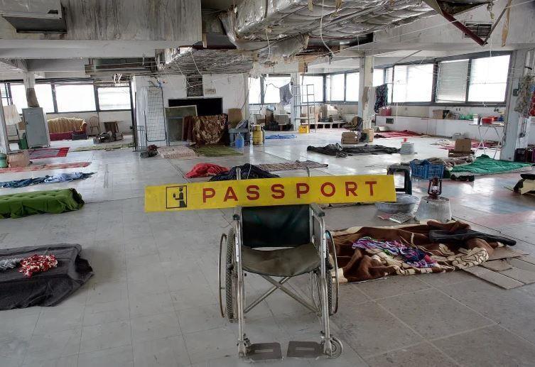 Những vụ bỏ hoang máy bay tai tiếng trên thế giới Ảnh 2