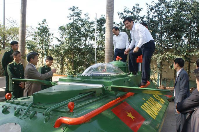 Doanh nhân 'hai lúa' và giấc mơ tàu ngầm Việt vươn khơi Ảnh 1