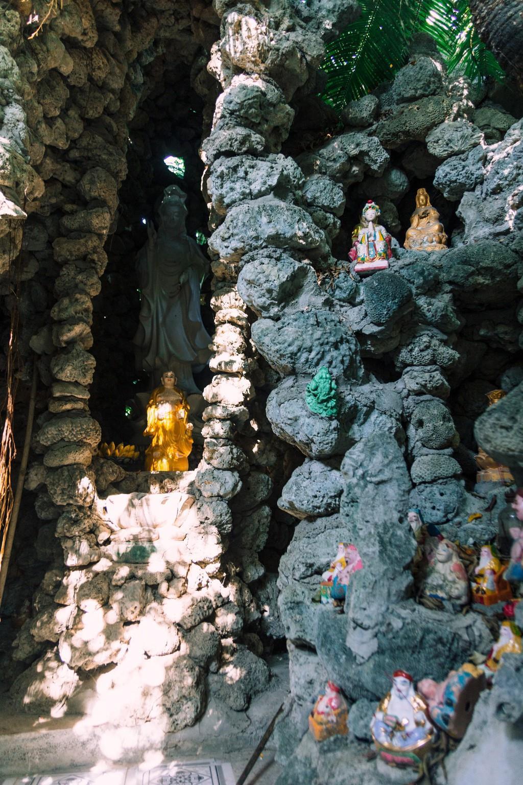 Ngôi chùa vỏ ốc ở Cam Ranh đẹp khác lạ trên báo nước ngoài Ảnh 2