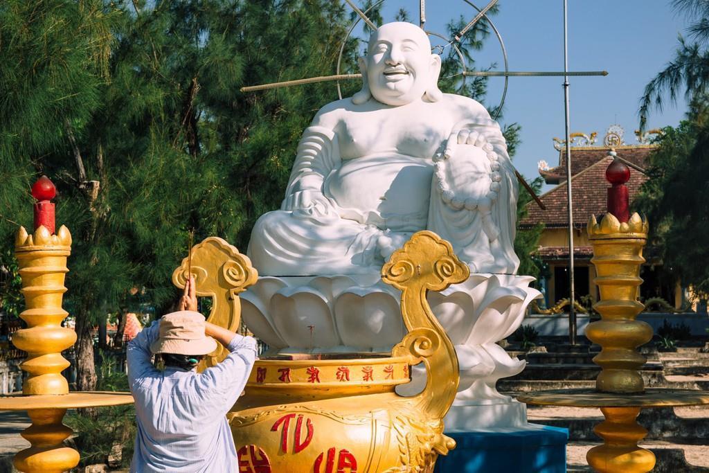 Ngôi chùa vỏ ốc ở Cam Ranh đẹp khác lạ trên báo nước ngoài Ảnh 4