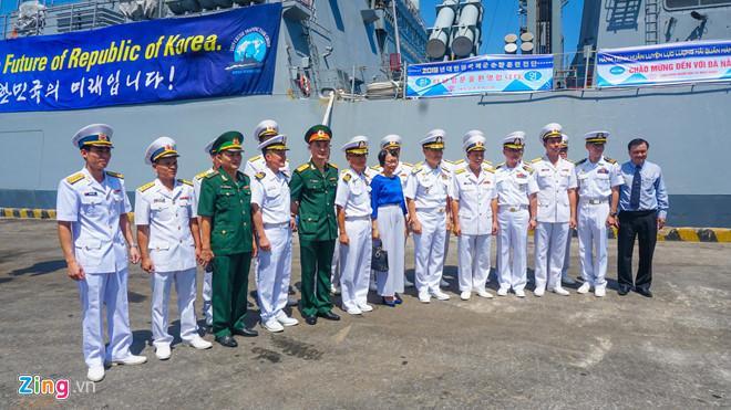 Hai tàu hải quân Hàn Quốc cập cảng Đà Nẵng Ảnh 2