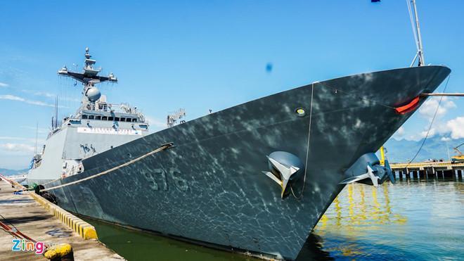Hai tàu hải quân Hàn Quốc cập cảng Đà Nẵng Ảnh 1