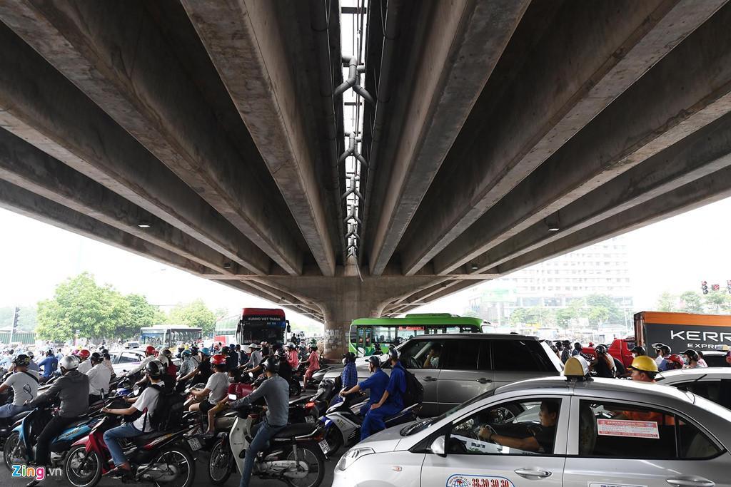Phạm Hùng - Nguyễn Hoàng, nút giao bát nháo nhất phía tây thủ đô Ảnh 6