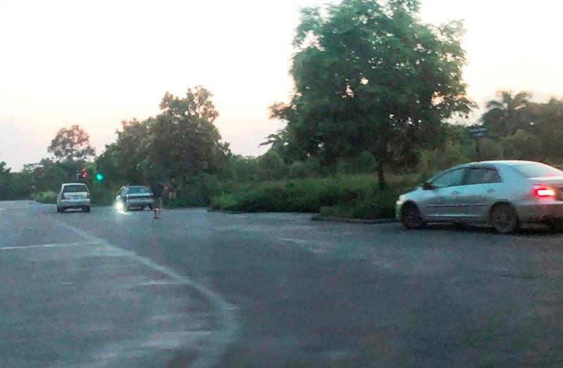 7 sân dạy lái xe 'lậu' vẫn lộng hành ở Hà Nội Ảnh 9