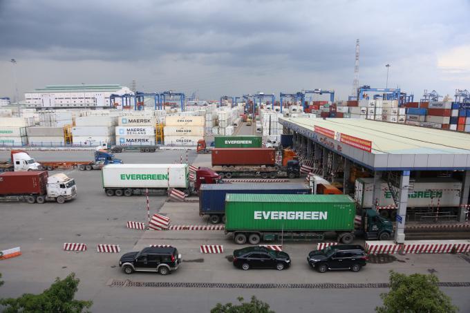TP. Hồ Chí Minh: Các cảng biển nói không với xe quá tải Ảnh 2