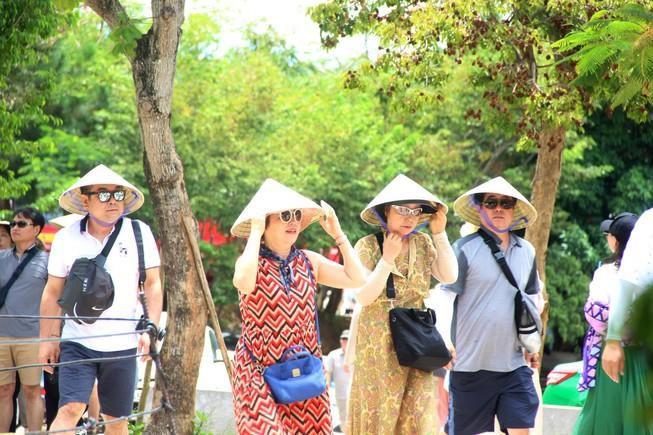 Khởi đăng loạt bài 'Bí mật phía sau ngành du lịch Đà Nẵng' Ảnh 1