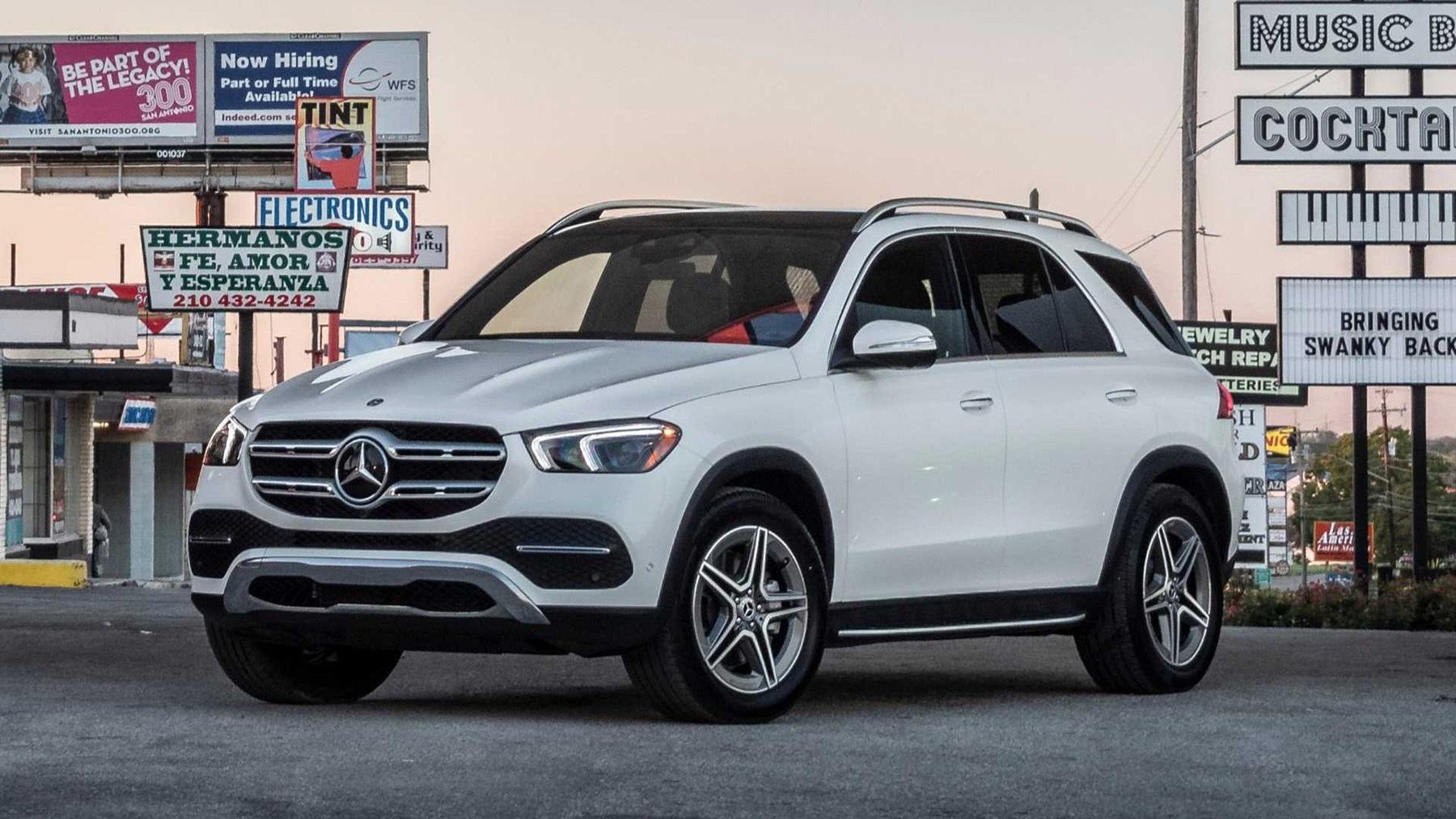 Mercedes-Benz triệu hồi GLE-Class vì nguy cơ nước điều hòa chảy vào khoang lái Ảnh 1
