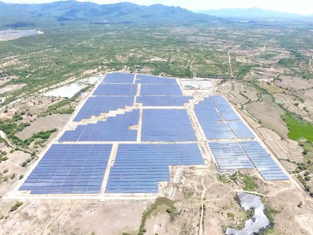 Khánh thành Nhà máy điện mặt trời Nhị Hà hơn 1.100 tỉ đồng Ảnh 1