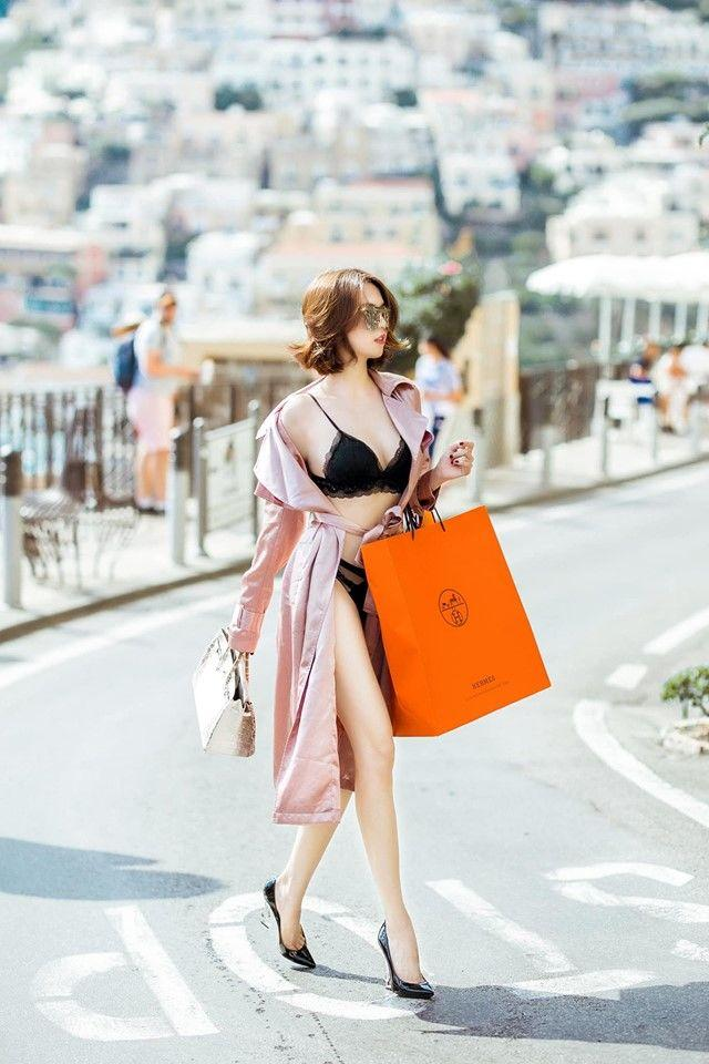 Ngọc Trinh lại gây shock khi mặc nội y đi shopping ở Châu Âu, người khen đẹp - kẻ chê phản cảm Ảnh 2