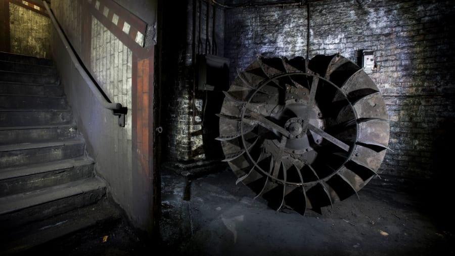 Khám phá thế giới ngầm kỳ bí bị bỏ hoang giữa lòng London Ảnh 8