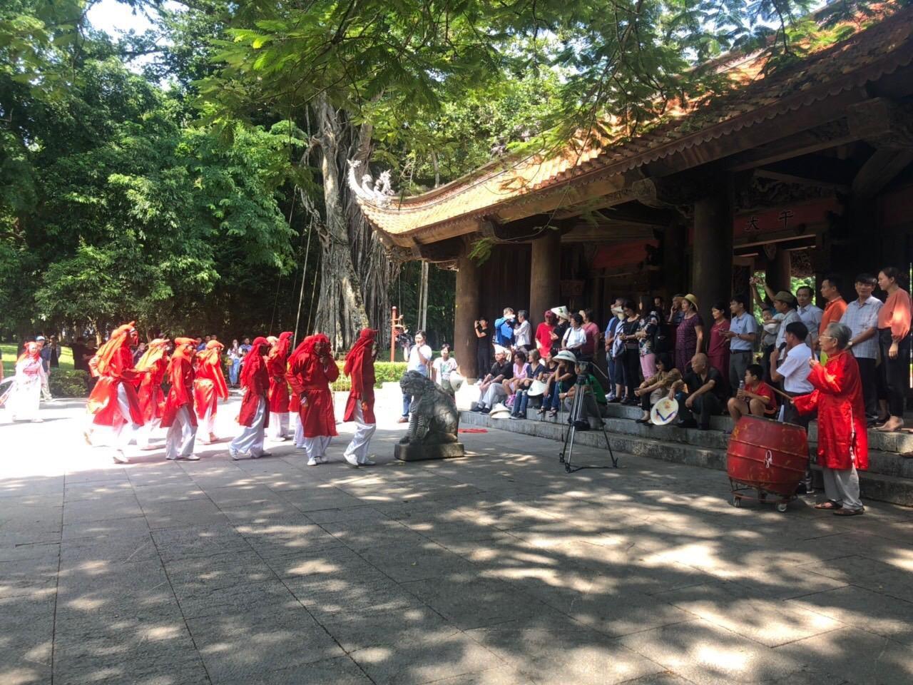 Đón đoàn khách du lịch từ Hoa Kỳ đến Thanh Hóa sau chương trình xúc tiến thương mại Ảnh 5
