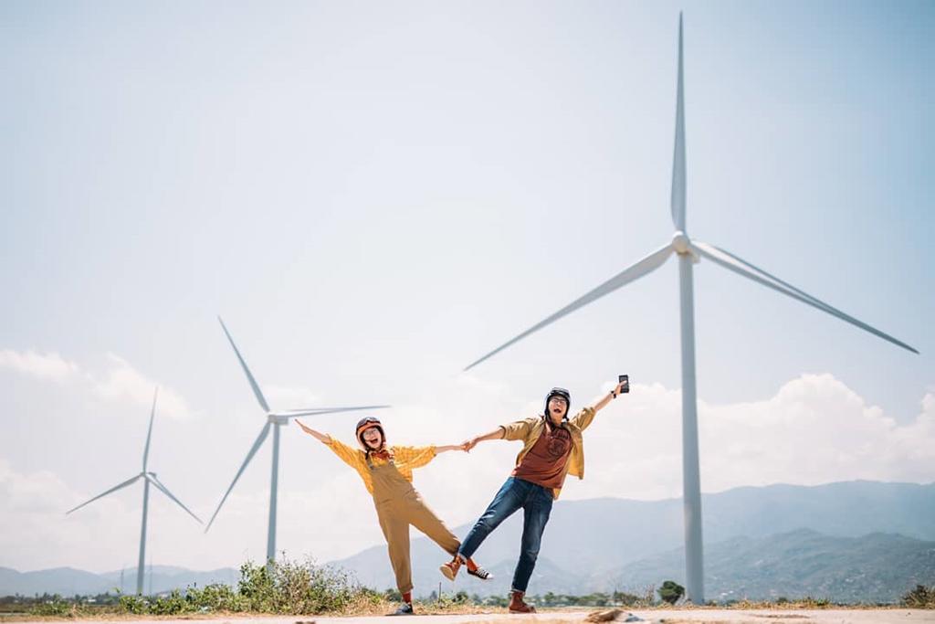 4 cánh đồng quạt gió ở Việt Nam được hội mê sống ảo săn lùng Ảnh 1