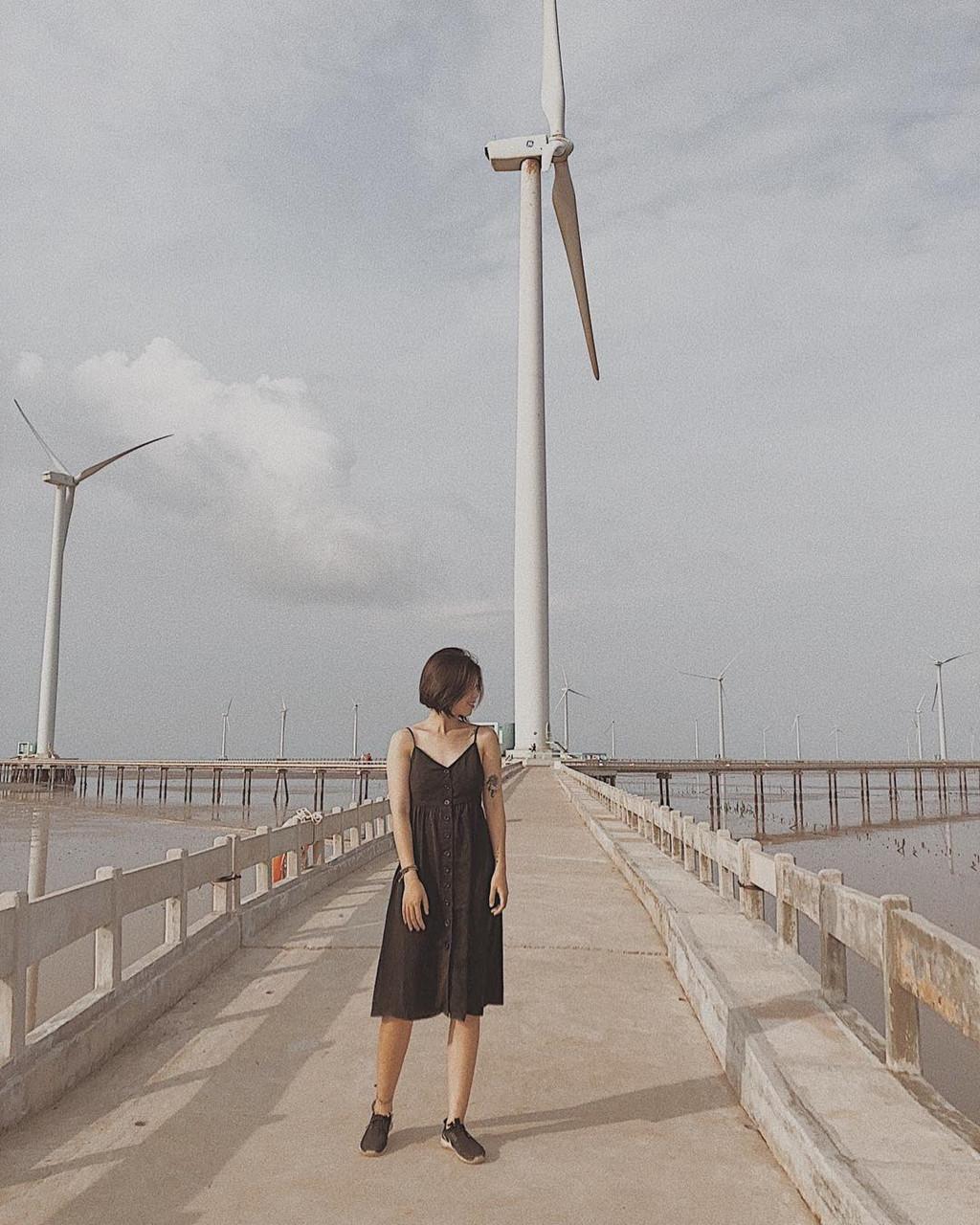 4 cánh đồng quạt gió ở Việt Nam được hội mê sống ảo săn lùng Ảnh 12