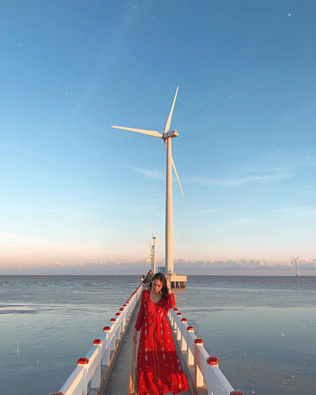 4 cánh đồng quạt gió ở Việt Nam được hội mê sống ảo săn lùng Ảnh 13
