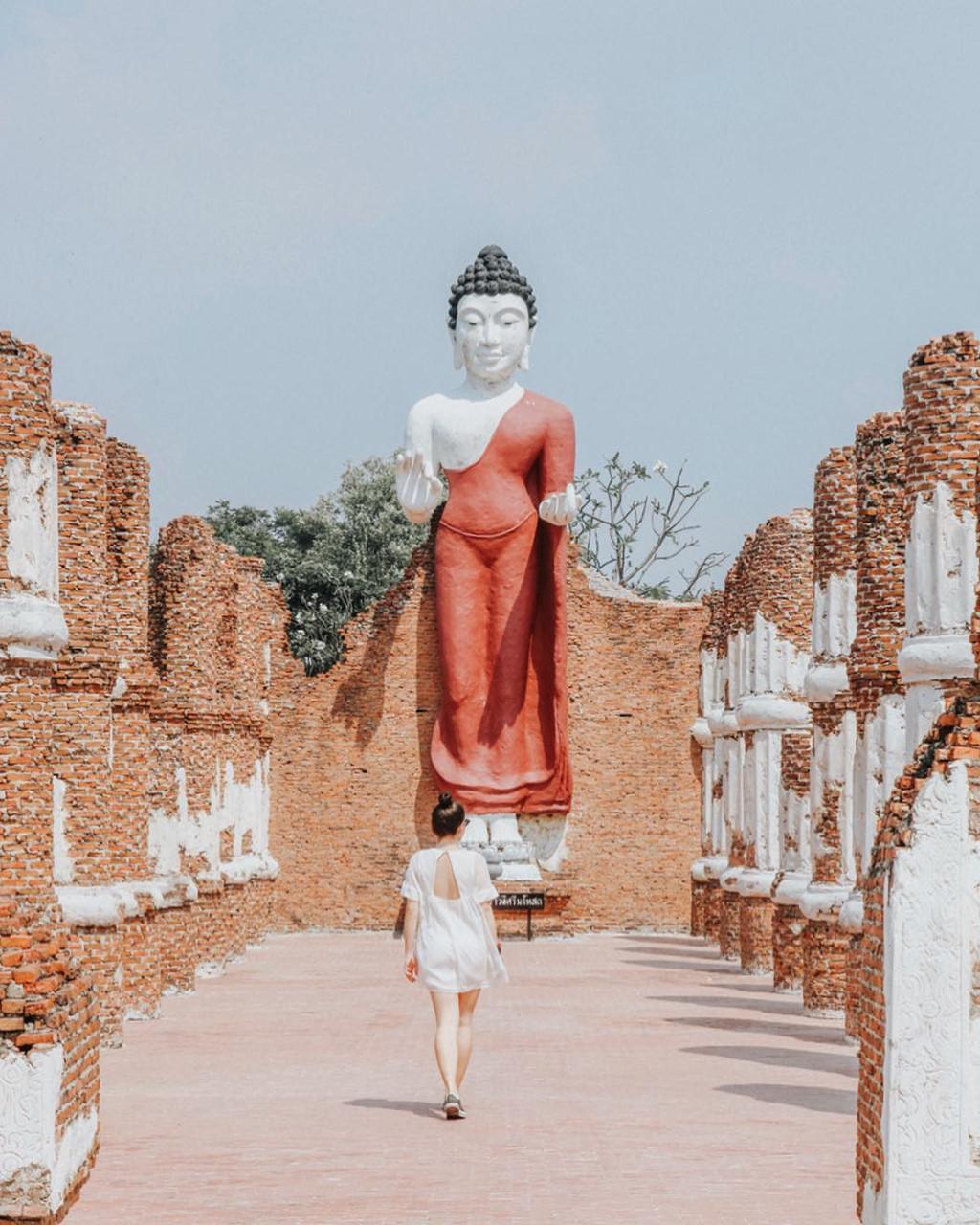 Thủy quái bao quanh ngôi đền trong thành cổ ở Thái Lan Ảnh 8