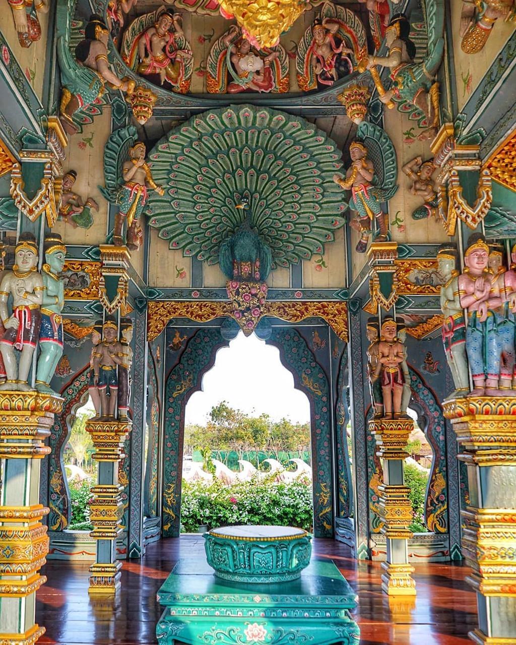 Thủy quái bao quanh ngôi đền trong thành cổ ở Thái Lan Ảnh 7