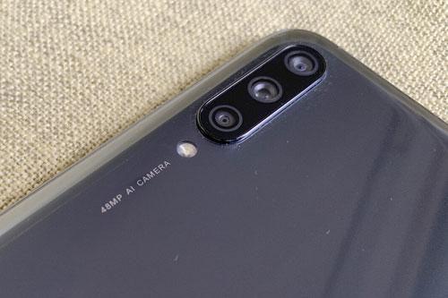 Xiaomi Mi A3 giảm giá 'kịch sàn' tại Việt Nam Ảnh 4