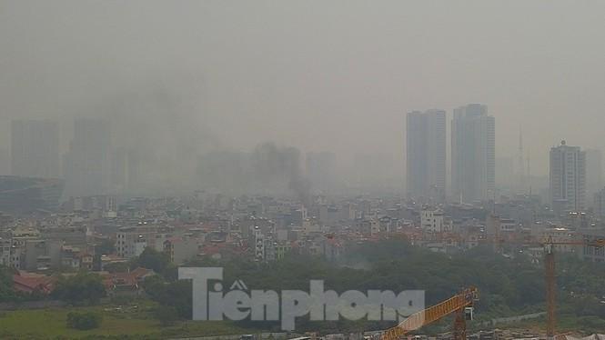 Sau một ngày trong lành, Hà Nội lại ô nhiễm nghiêm trọng sáng nay Ảnh 1