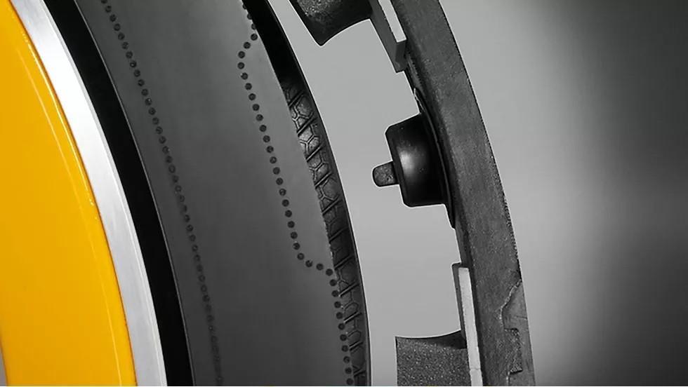 Phát minh ra loại lốp có khả năng tự bơm hơi Ảnh 5