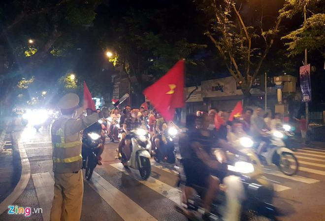 Hà Nội phân luồng giao thông phục vụ trận Việt Nam gặp Malaysia Ảnh 1