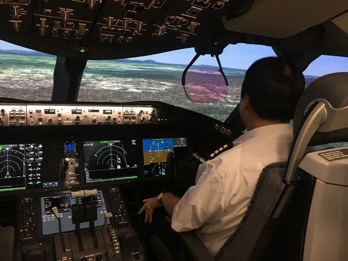 Vietnam Airlines tăng lương cho phi công chính lên cao nhất 271 triệu đồng/tháng Ảnh 1
