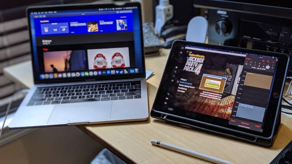 Laptop lai máy tính bảng: vùng cấm của Apple Ảnh 2