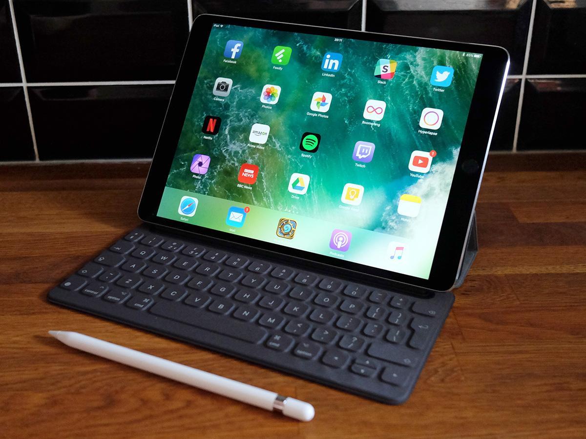 Laptop lai máy tính bảng: vùng cấm của Apple Ảnh 3