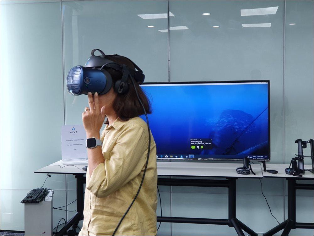 HTC giới thiệu kính thực tế ảo Vive Cosmos tại Việt Nam Ảnh 2
