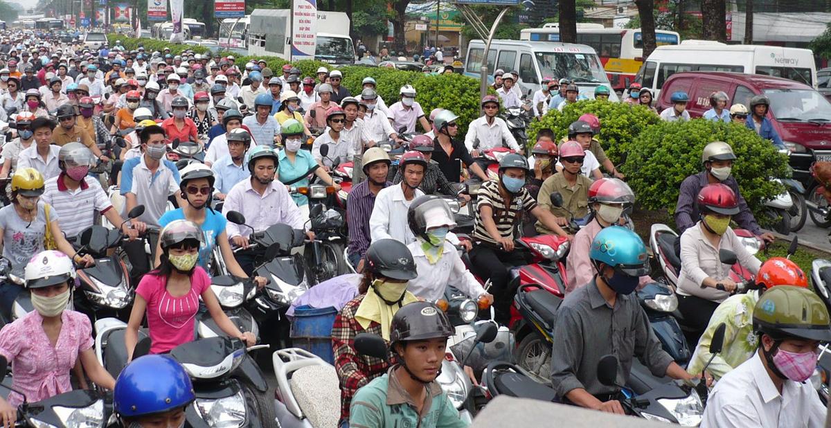 Doanh số bán xe máy liên tục giảm, người Việt đã 'mua đủ'? Ảnh 2