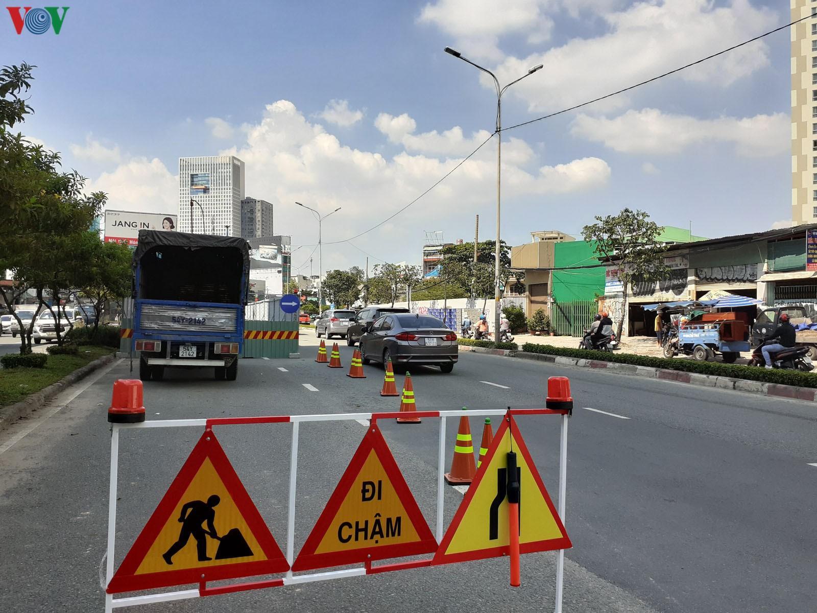 Khó có thể giải quyết triệt để kẹt xe trên đường Nguyễn Hữu Cảnh Ảnh 3