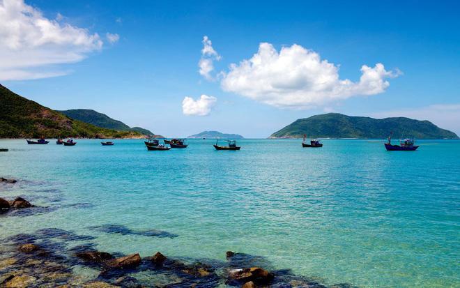 Hòn đảo duy nhất của Việt Nam bất ngờ lọt top những nơi có làn nước trong xanh nhất thế giới, bạn đã đi chưa? Ảnh 1