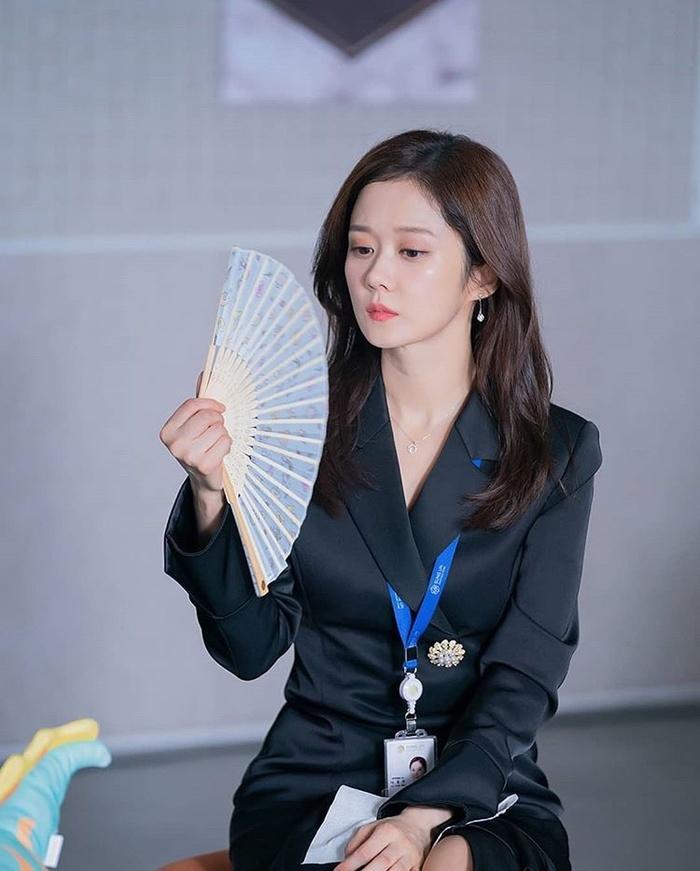 Song Hye Kyo tung ảnh, độ sắc Jang Nara trên MXH Ảnh 14