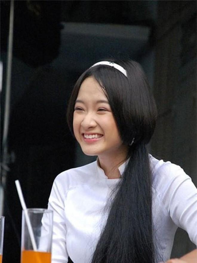 Angela Phương Trinh, Thùy Anh thay đổi ra sao sau nhiều năm? Ảnh 2
