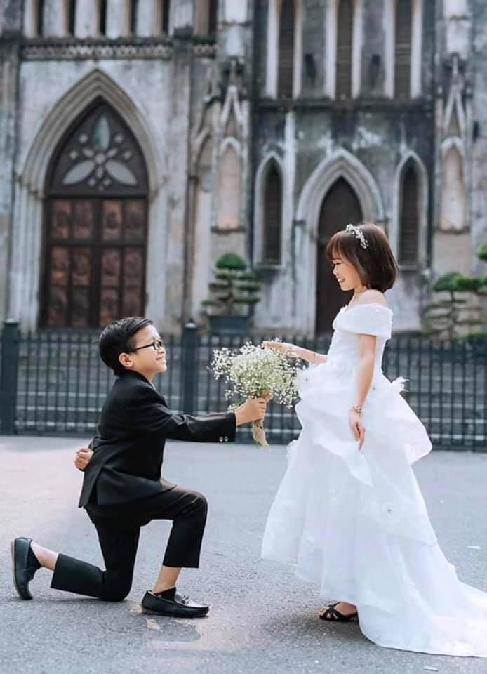Ảnh cưới của chàng tý hon và cô giáo 1,2m gây sốt cộng đồng mạng Ảnh 10