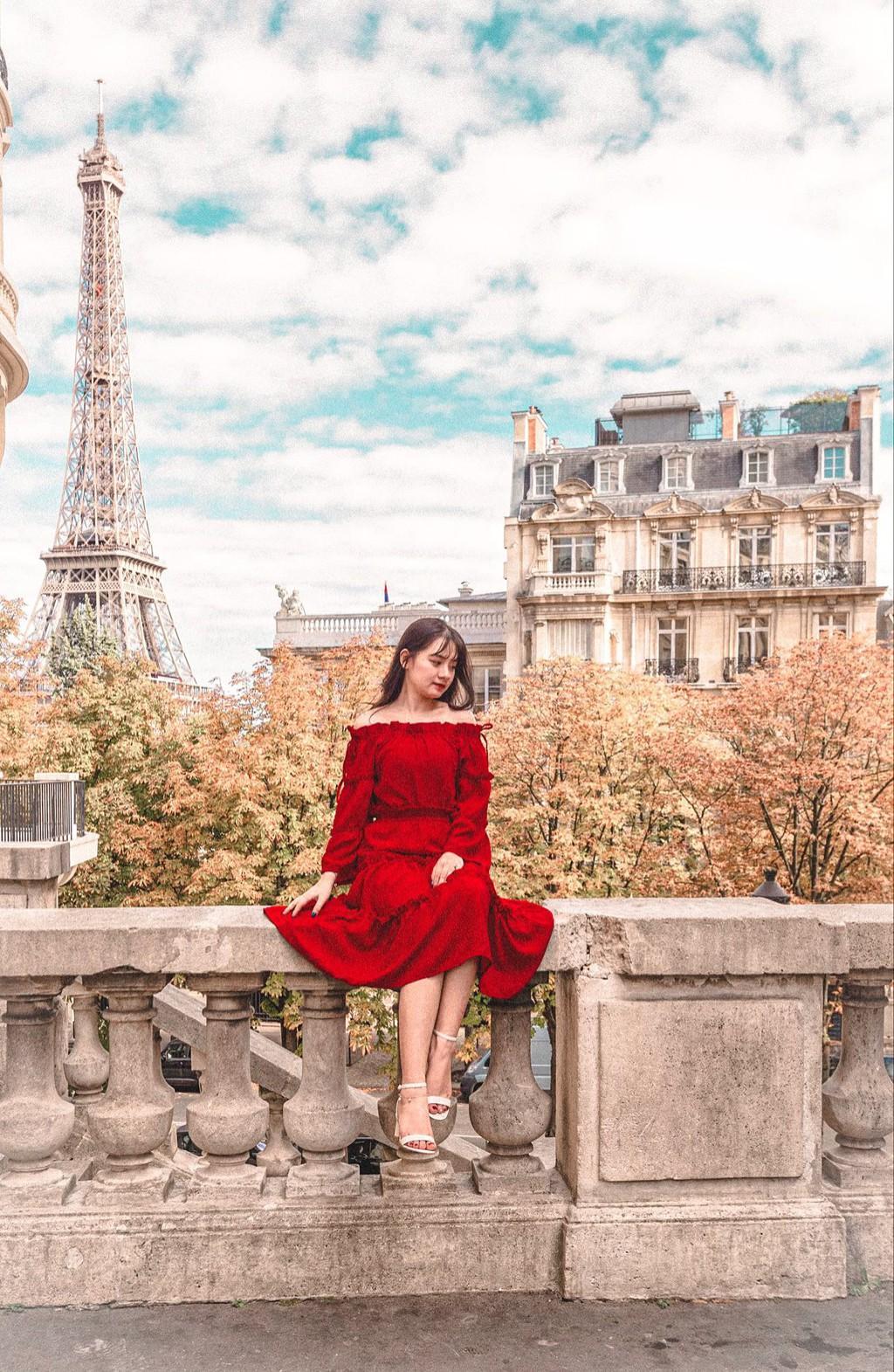 9X thực hiện giấc mơ Paris trong chuyến đi mùa thu Ảnh 1