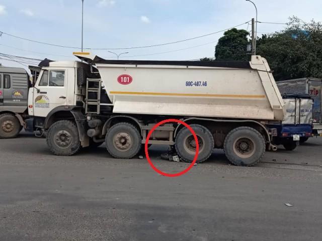 Đồng Nai: Lại xe ben DonaCoop gây họa, cán nát chân một người đàn ông Ảnh 1