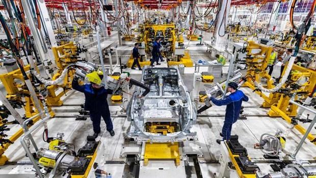 Hãng xe sang Daimler lên kế hoạch cắt giảm hàng nghìn nhân sự Ảnh 1