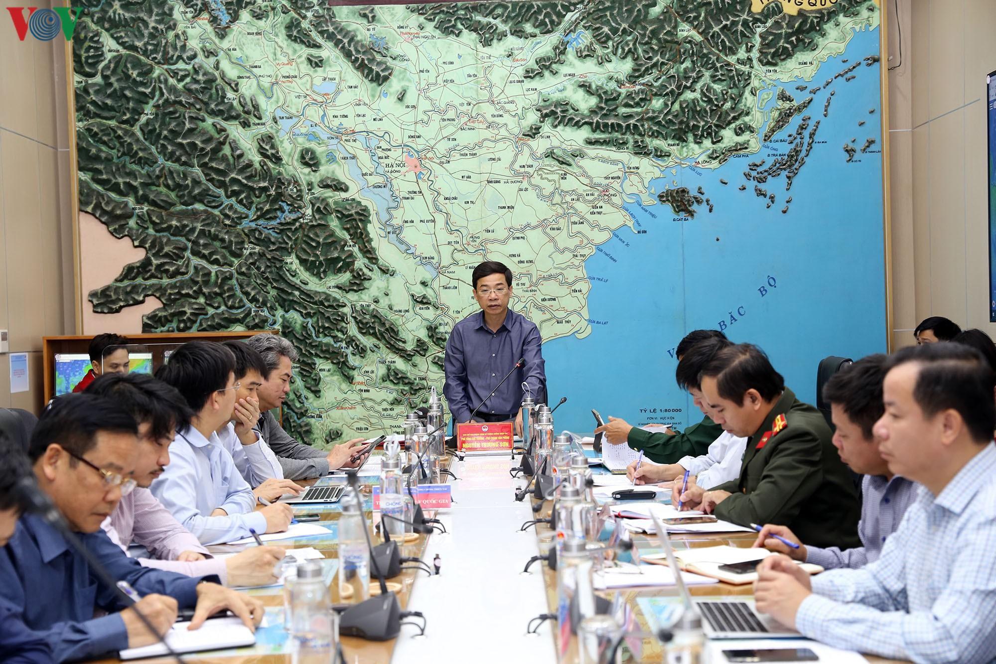 Dừng các cuộc họp không cần thiết để tập trung ứng phó với bão số 6 Ảnh 1