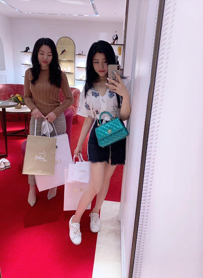 Em gái Ông Cao Thắng mặc sexy, chịu chơi hàng hiệu Ảnh 4