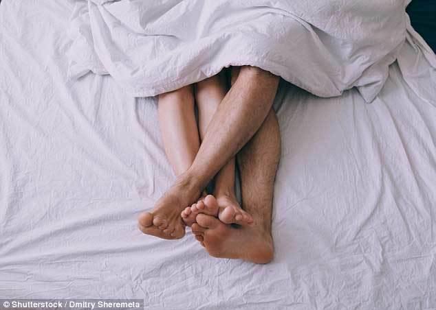 Bệnh sốt xuất huyết có thể lây nhiễm qua đường tình dục Ảnh 2