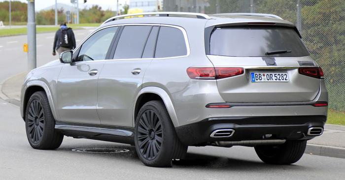 SUV Mercedes-Maybach chính thức lộ diện Ảnh 4