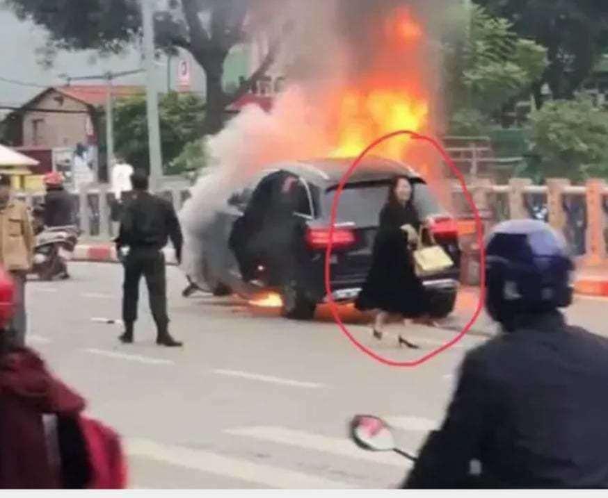 Nữ tài xế Mercedes khai đi giày cao gót, đạp nhầm chân ga gây tai nạn thảm Ảnh 1