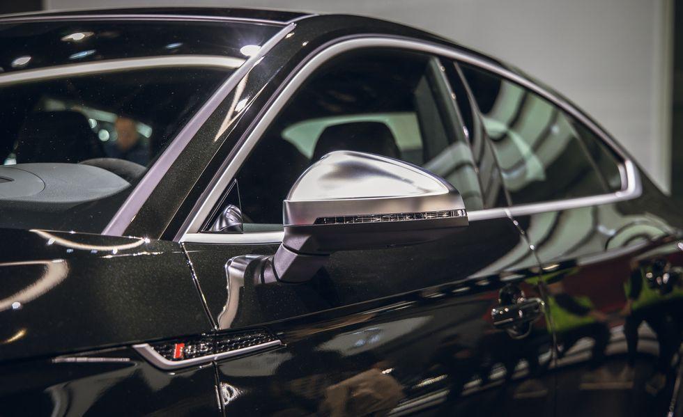 Audi RS 5 mới gây ấn tượng với phiên bản Báo Đen Ảnh 5