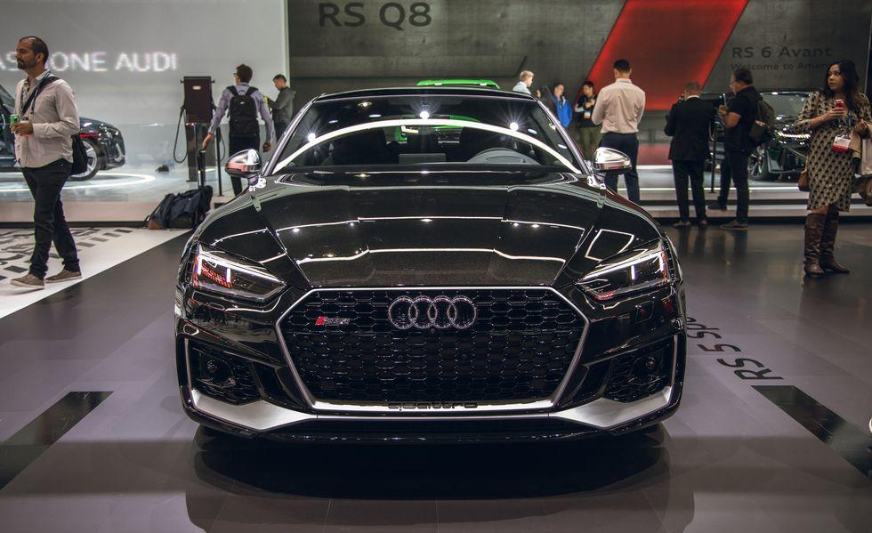 Audi RS 5 mới gây ấn tượng với phiên bản Báo Đen Ảnh 3