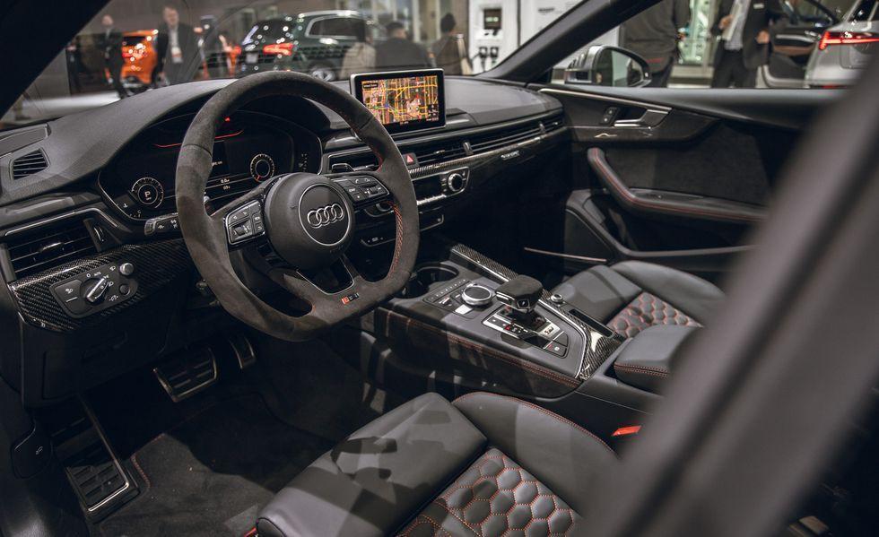 Audi RS 5 mới gây ấn tượng với phiên bản Báo Đen Ảnh 4