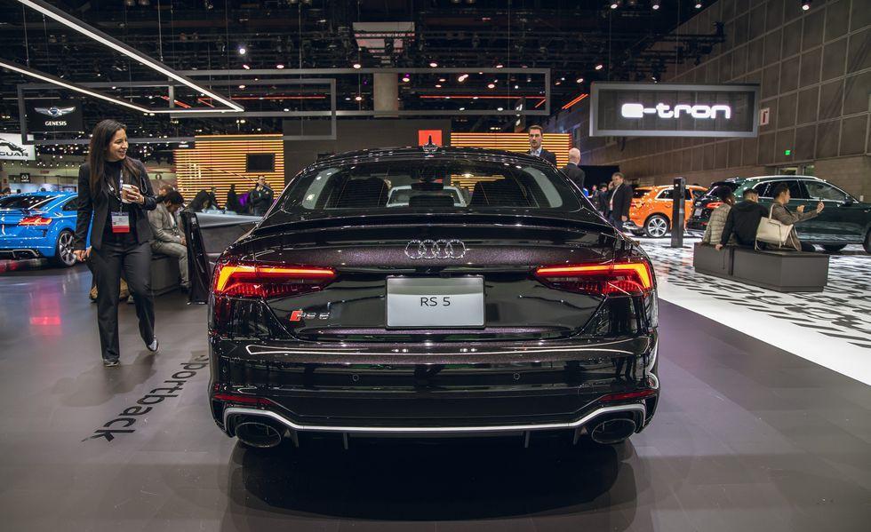 Audi RS 5 mới gây ấn tượng với phiên bản Báo Đen Ảnh 7